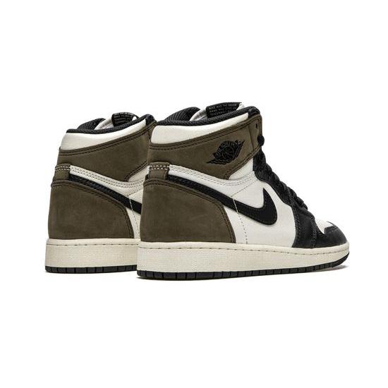 Travis Scott X Air Jordan 1 Retro High Outfit Og Mocha Jordan Sneakers